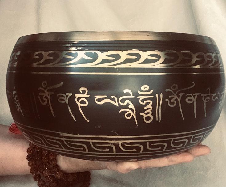 soin thérapie du son Inde bol tibétain
