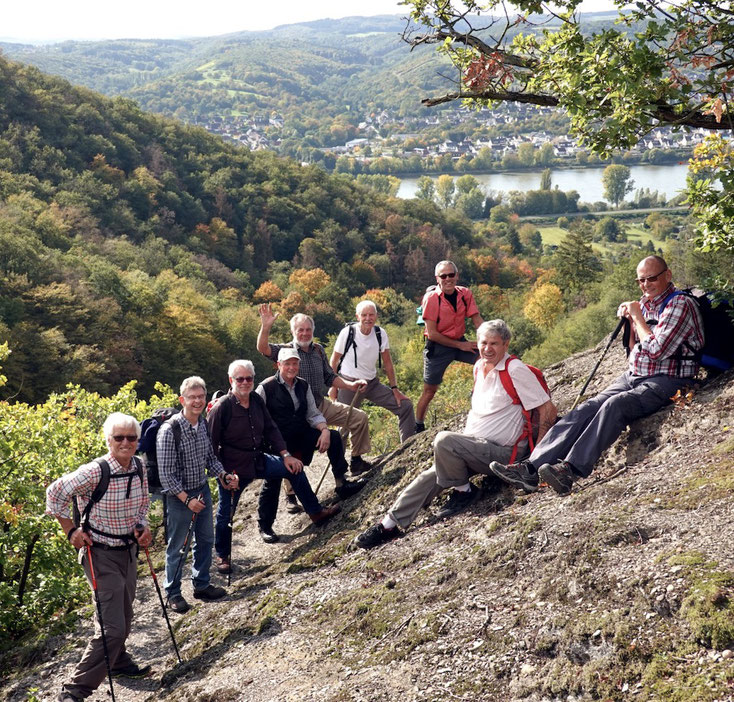 Abstieg Aspich-Klamm. Vlnr: Schleiden, Döhmen, Rick, Perz, Müller, Prangenberg, Kautzky, Weichsel, Korf