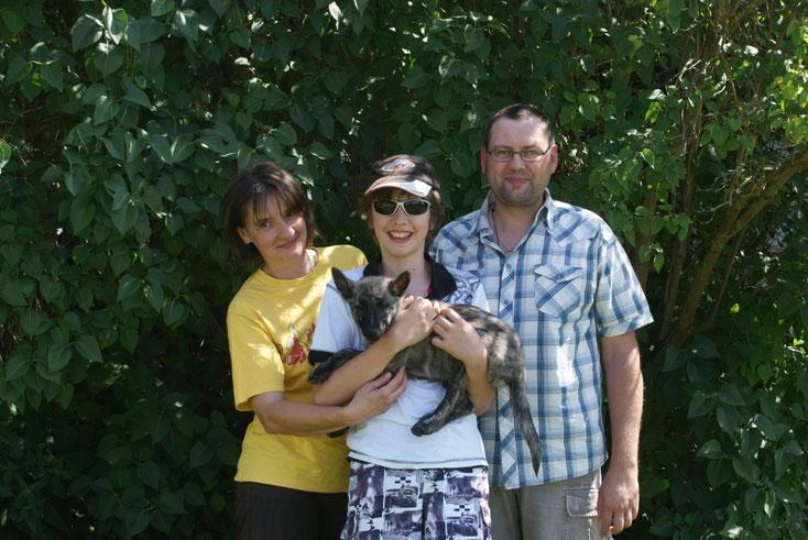 Ayoka ist zu Anja und ihrer Familie nach Langenaltheim gezogen