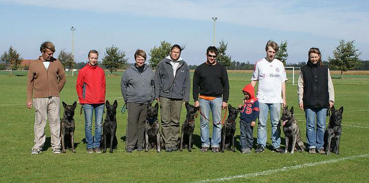 Ronny & Jack, Janine & Cosma, ich & Sky, Tanja & Rasta, Andreas & Fiby, Eric, Patrik & Whisper und natürlich Laurence & Kaylee!