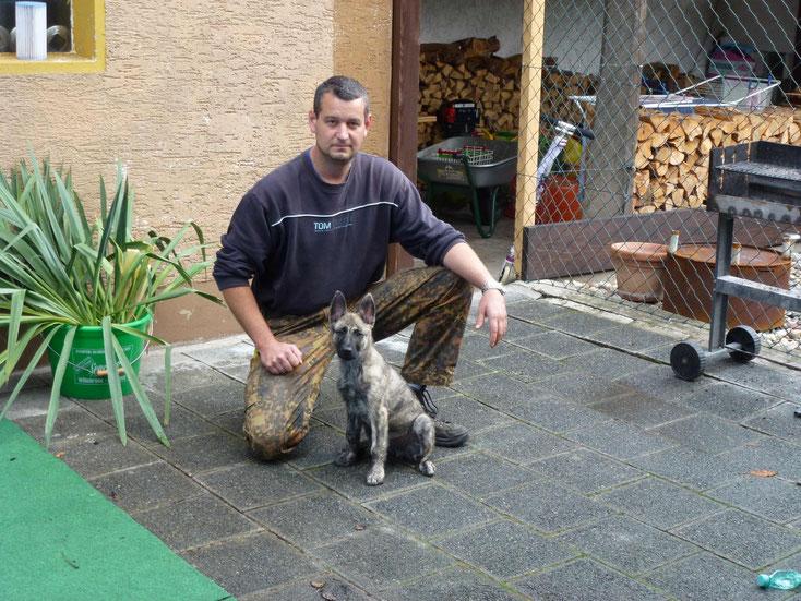 Anthrax ist zu Michael und seiner Familie nach Böhl-Iggelheim gezogen