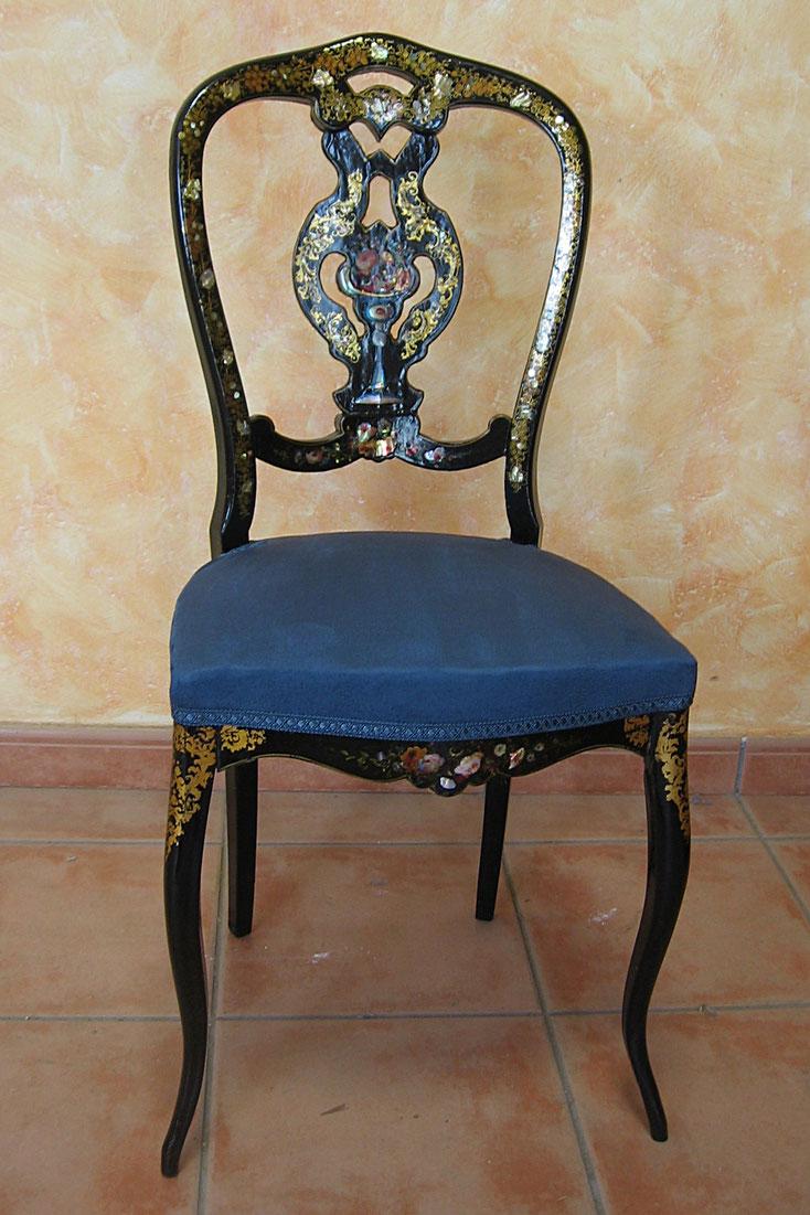 Restauración y tapizado de silla isabelina.