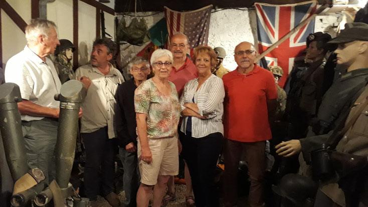 Visite des membres du CDRE à la collection militaria J.A en vue de l'expo 2018