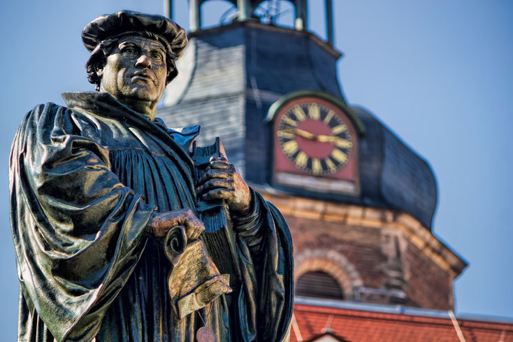 Luther-Denkmal; private detective Eisleben, investigation company Eisleben, corporate investigation