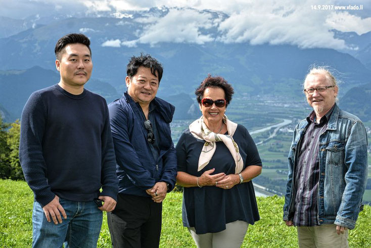 From left to right: Roy Kim and Albert Inyoung Choi from Korea, Miss Claudia Fritsche (former Ambassador of Principality of Liechtenstein in the United Nations) and Vlado Franjević. FL-Triesenberg, 14.9.2017