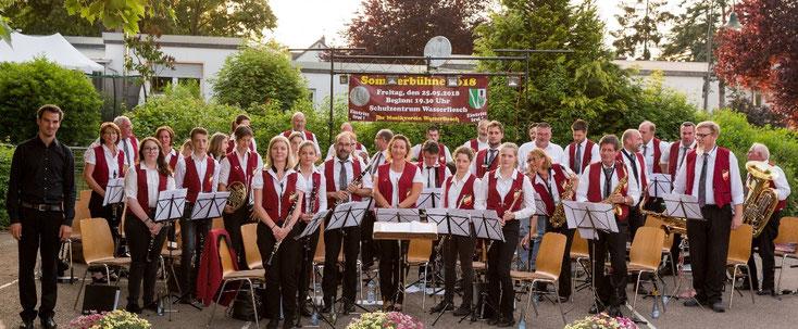 2018 - Erster größerer und gelungener Auftritt mit unserem neuen Dirigenten bei der Sommerbühne Wasserliesch am 25. Mai