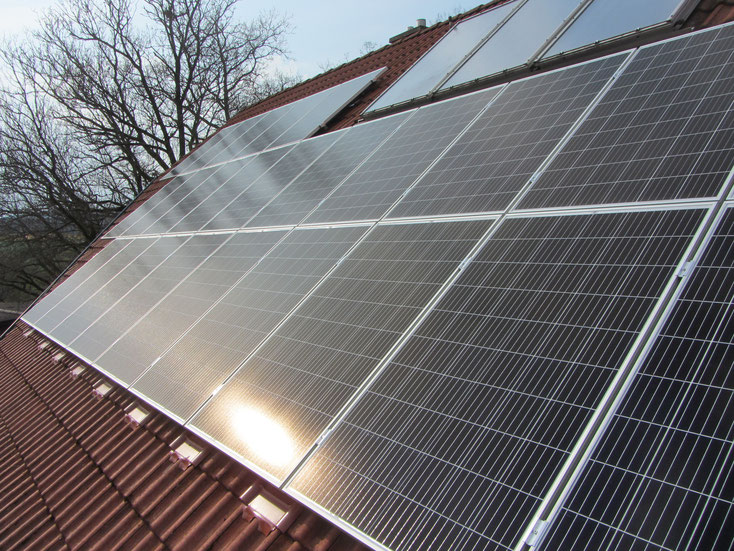 Grid connected PV-System 7,92 kWp, Fronius GEN24 8.0 Plus, BYD Battery-Box HVS 5,1