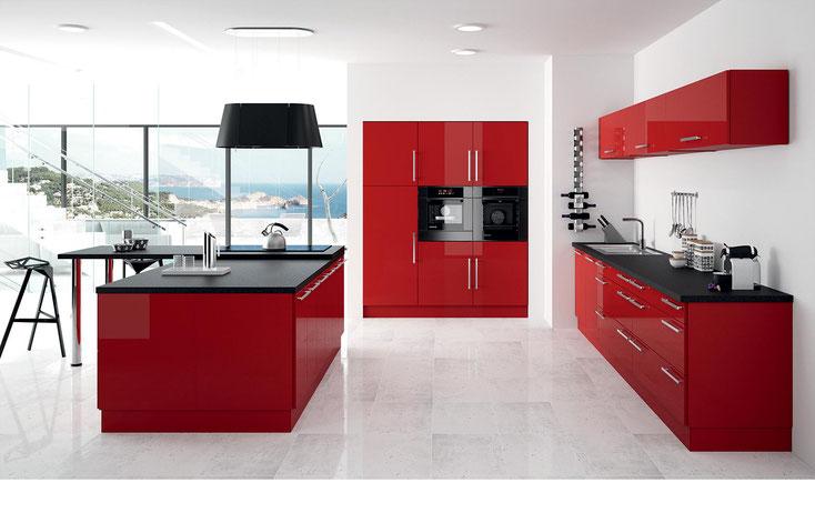 Cuisines CHC: Meuble hauts à portes relevantes -intégration de meubles casseroliers
