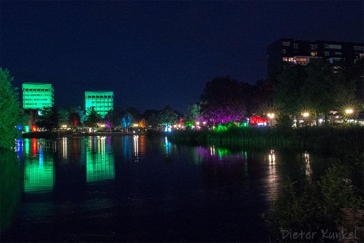 Der City-See erstrahlt in bunten Farben
