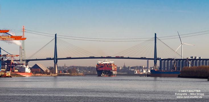 Panorama Köhlkbrand, Köhlbrandbrücke, Hamburg Express, CTA, Container Terminal Altenwerder, Schiff, vessel, Containerschiff