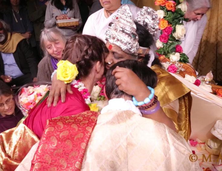 Darshan reçu en Octobre 2015, lors de la nuit du Devi Bavha, pour notre mariage