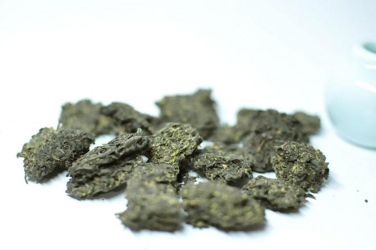 Fu Tee Bricks, Golden Flowers, Fu Tea