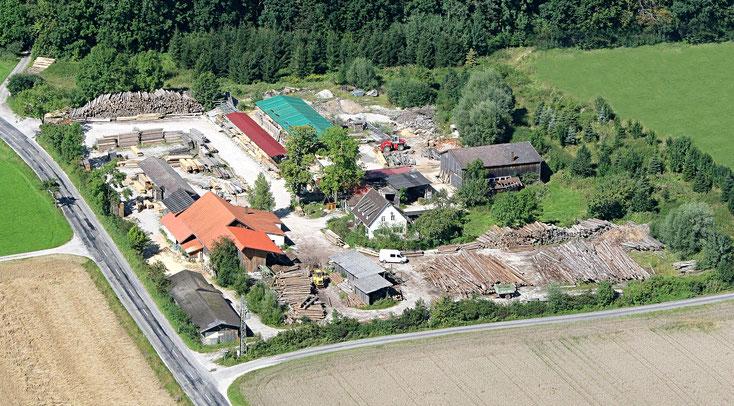 Über uns, Firmengelände von oben, Luftaufnahme Holz & Bau Hollinger