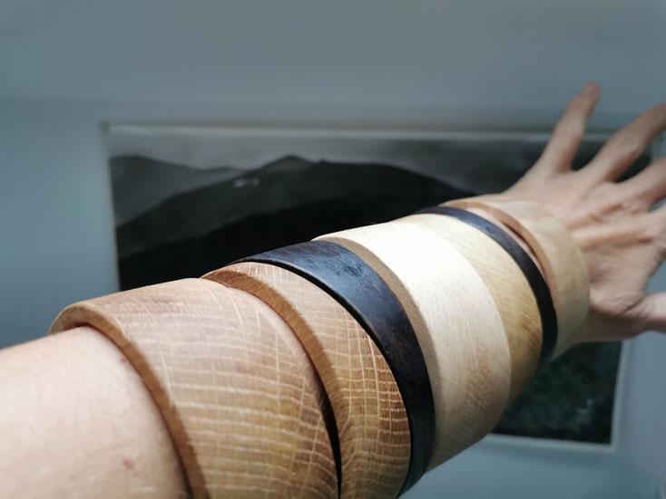 Bracelets artisanaux en bois Bijoux Yali