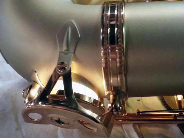 Acoustique & Mécanique intervient sur toute la gamme des saxophones : soprano, alto, ténor, baryton, basse, contrebasse