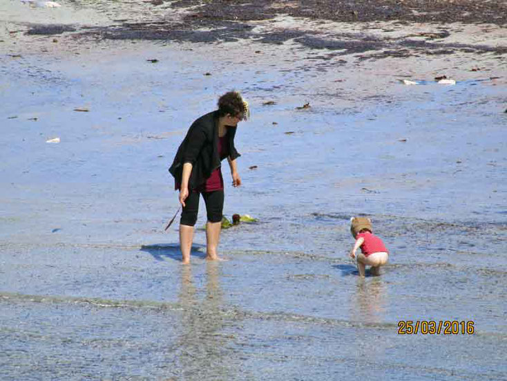 Ende März scheint das Meer bereits warm genug
