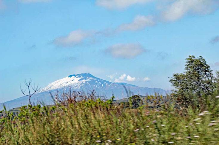 Sizilien 2016, Blick auf den Ätna vom Balkon des Monte Tauro