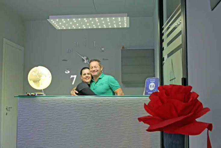 Die beiden Hotelmanager Antonella und Paolo