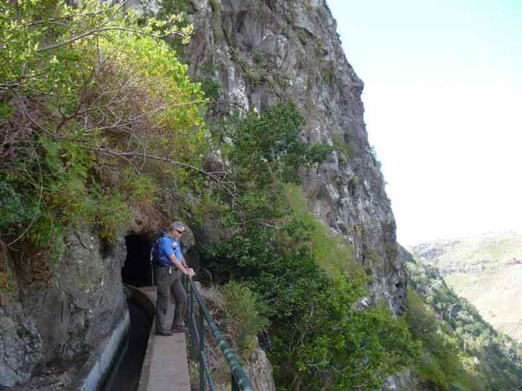 """Urlaub Madeira März 2015, Levadawanderung, heute oberhalb von """"Ribeira Brava"""""""