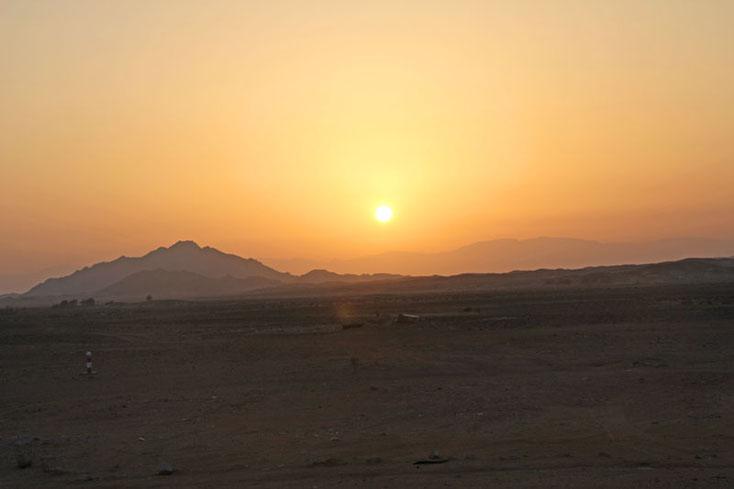 Bild 19b Sonnenuntergang in Ras al Hadd