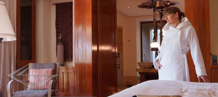 Bademantel für die schlange Figur, extra lang mit Kapuze, Velours Frottee