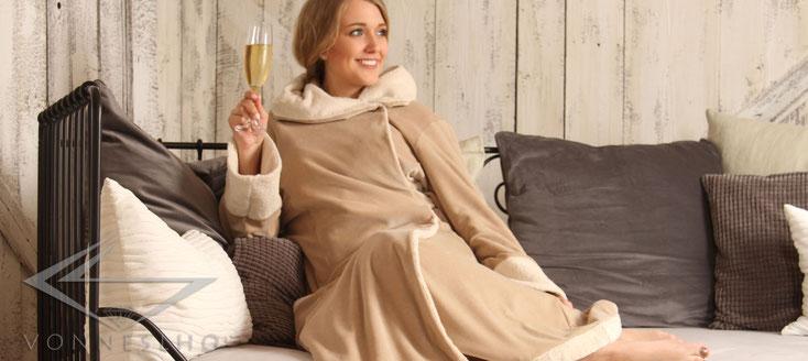 Bio Damen Bademantel besonders lang mit Kapuze, MORGONROCK Wellness Couture Spa Luxusbademantel