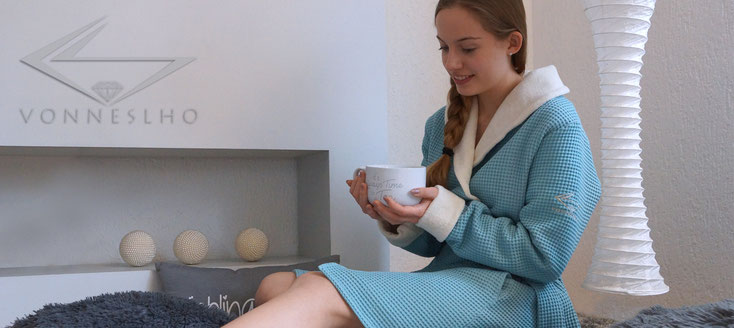 Morgenmantel Damen Kurzbademantel Wellness Couture Spa Luxusbademantel
