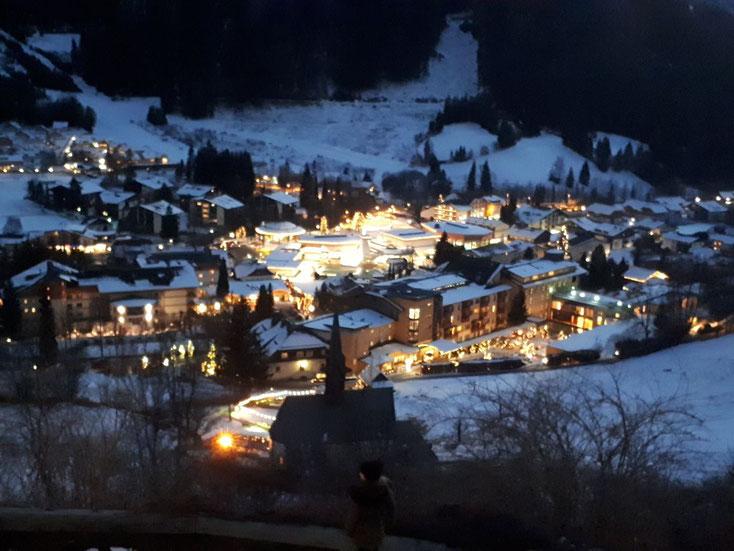 Bad Kleinkirchheim im Lichterglanz der Vorweihachtszeit