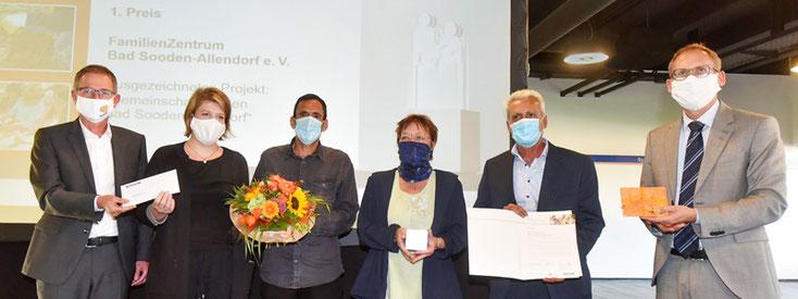 Das FamilienZentrum gewinnt mit dem Gemeinschaftsgarten den hessischen Familienpreis 2020!