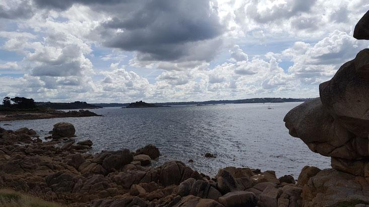 Bretonische Küstenlandschaft in der Nähe von Morlaix