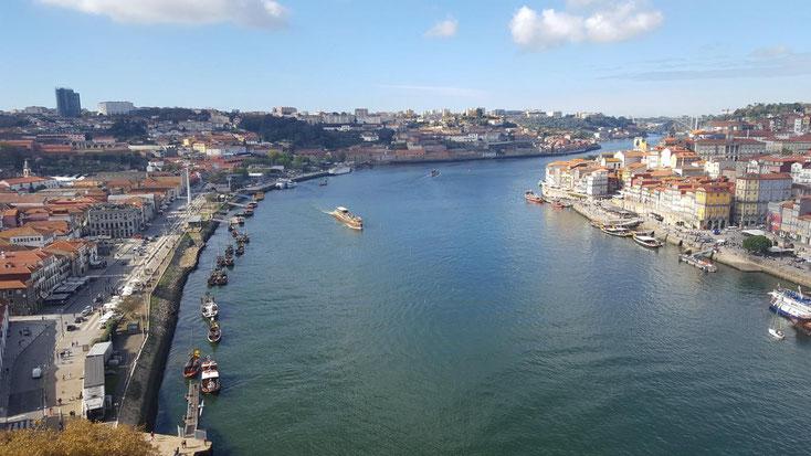 Blick von der Ponte Luis I, eines der Wahrzeichen Porto´s