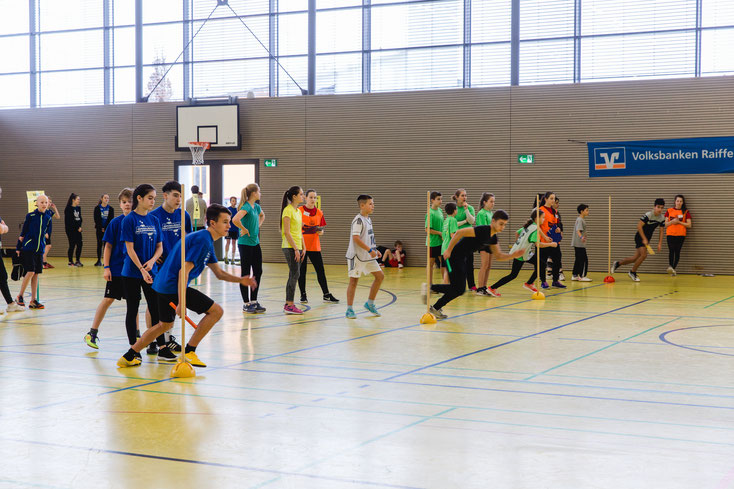 Die Sprintstaffel: Pro gelaufener Bahn gehen 50 Cent an die  Stiftung Eigensinn FDS!