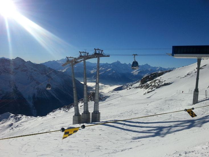 Schneesicheres Gletscher-Skigebiet; Hockenhorngrat 3111 m.ü.M.