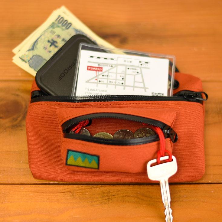 アウトドア 財布