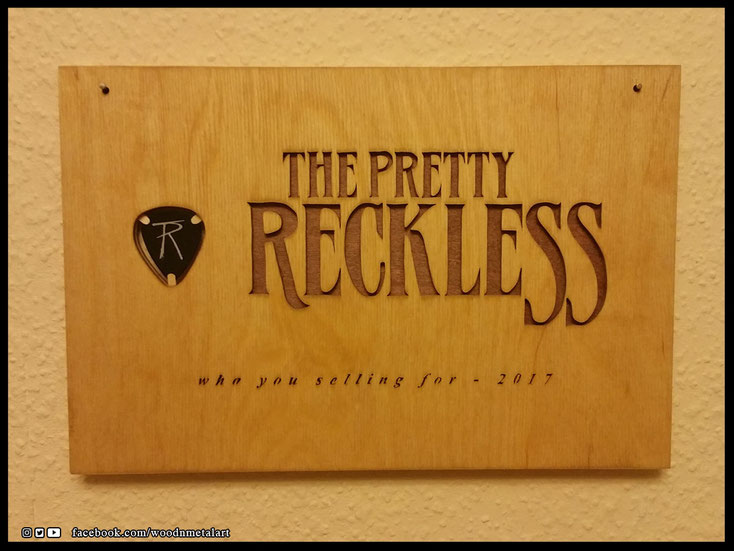 WoodnMetalART Scrollsaw Dekupiersäge Holzlogo The Pretty Reckless