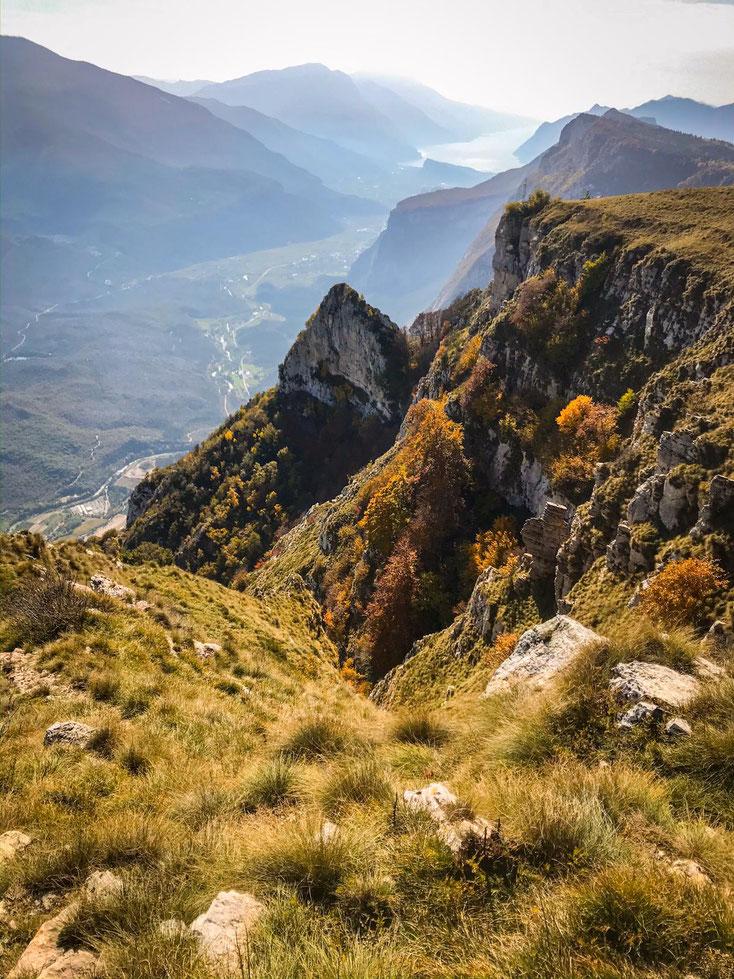 Blick vom Monte Caplone zum Lago