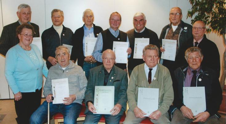 Auf der Jahreshauptversammlung 2017 wurden zahlreiche Mitglieder geehrt.