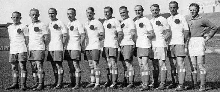 Le Hertha en 1929 (Kirsei est à l'extrême gauche).