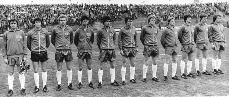 Les U21 est-allemands vice-champions d'Europe des Nations en 1978 (Troppa est le 5ème depuis la gauche).