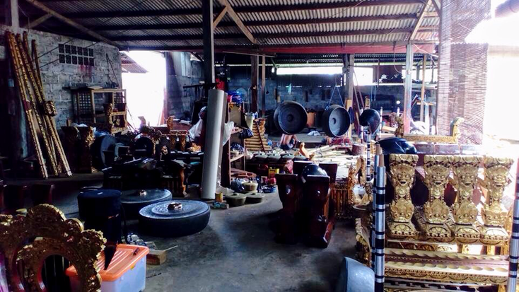 ガムラン工房(ギャニャール県ブラバトゥ)