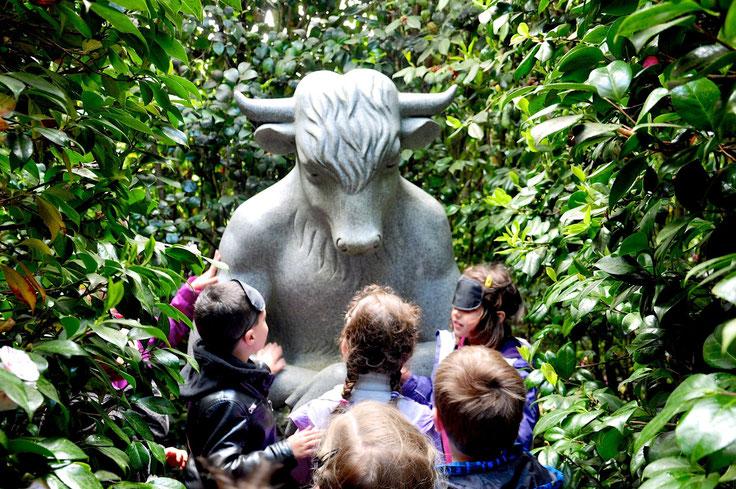 La découverte du minotaure dans le labyrinthe-Parc Botanique Haute Bretagne