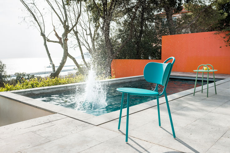 THE SPLASH ! Chaise SWIM en Bleu lagune atlantique et console en Vert ciel vénitien