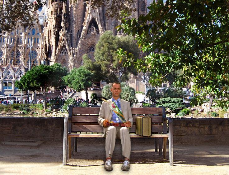 Forrest Gump canvia la capsa de bombons per un llibre i una rosa en la seva visita a Barcelona un dia de Sant Jordi.