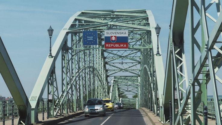 slovaquie panneau frontière bigousteppes pont