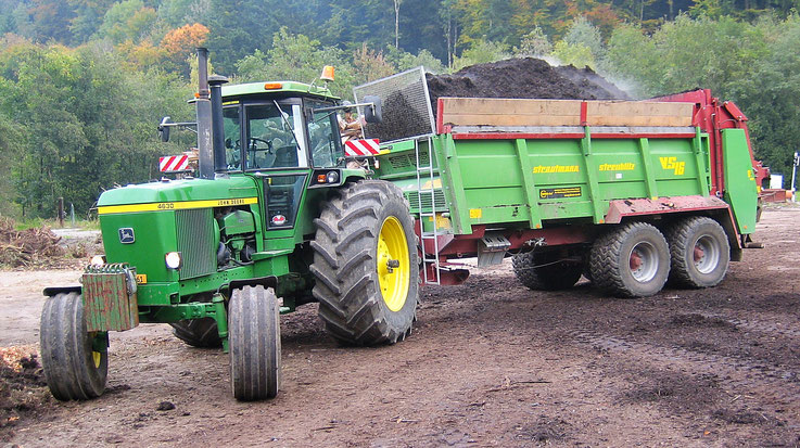 Lohnunternehmen Guggisberg Zimmerwald Mist Kalk Kompost Gülle Nährstoffe