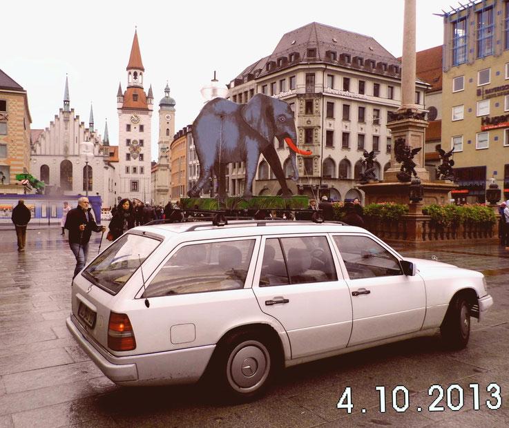 Unser Elefantenmobil am Marienplatz