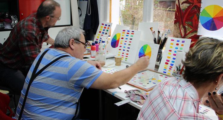 Foto Malkurs, Farbe mischen, Acrylmalkurs, Farbklang, Ute Thalheim, Malschule