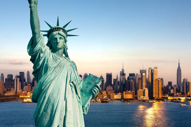 Skyline von New York mit Freiheitsstatue