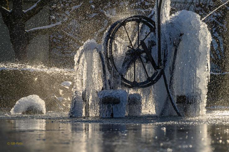 Tingely Brunnen in Basel
