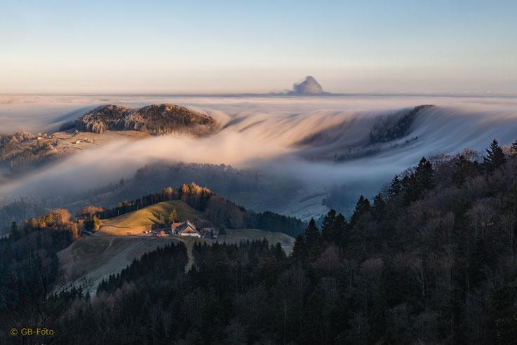 Nebelwelle am Belchen
